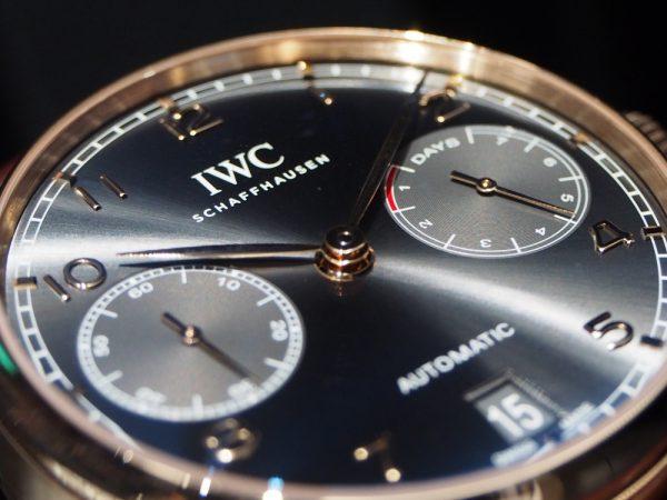 つい釘付けになってしまう!?魅惑の金時計、IWC「ポルトギーゼ・オートマティック」
