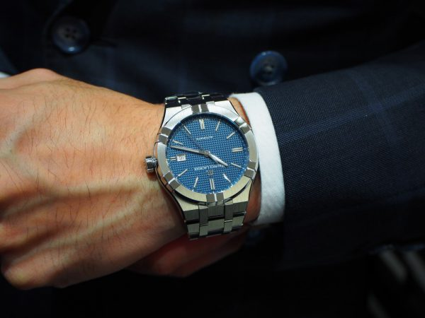 幅広く使えて、コスパが良すぎる!!10~30万台の時計をお探しならモーリスラクロア「アイコン オートマティック」