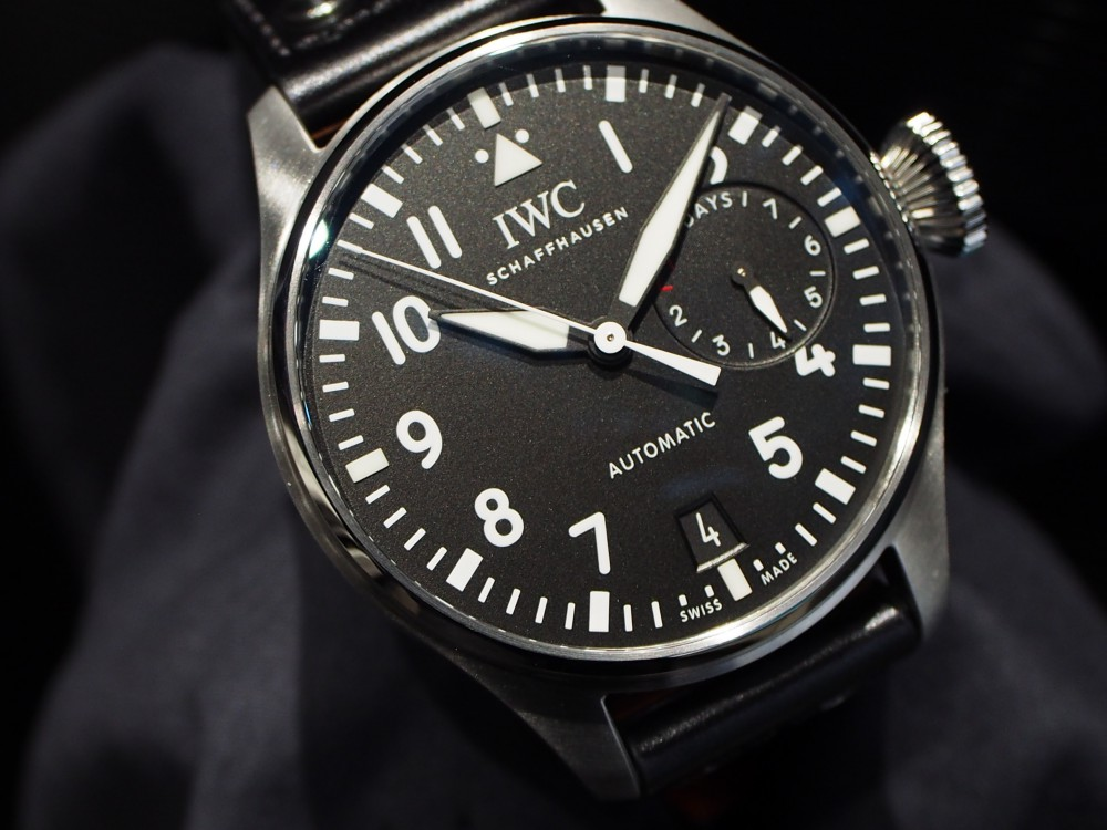 人と差をつけるならワンランク上の時計を手に入れろ!!IWC「ビック・パイロット・ウォッチ」IW500912