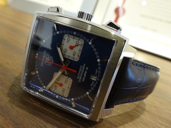 今年のトレンドカラーの腕時計☆