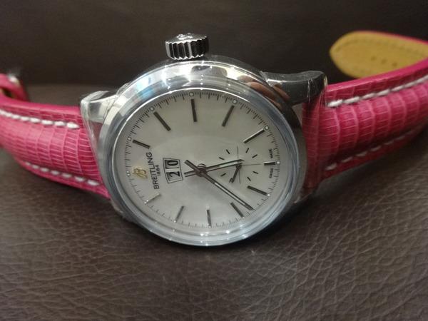 【臨時営業】シンプルでお洒落なお時計です♪