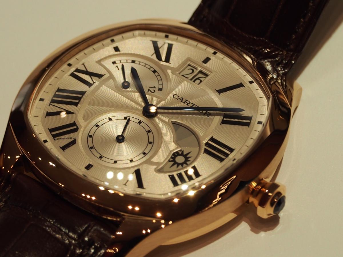 ドライブ ドゥ カルティエ 2タイムゾーン レトログラード デイ&ナイト、ゴールドモデルも入荷です。/Cartier(カルティエ)