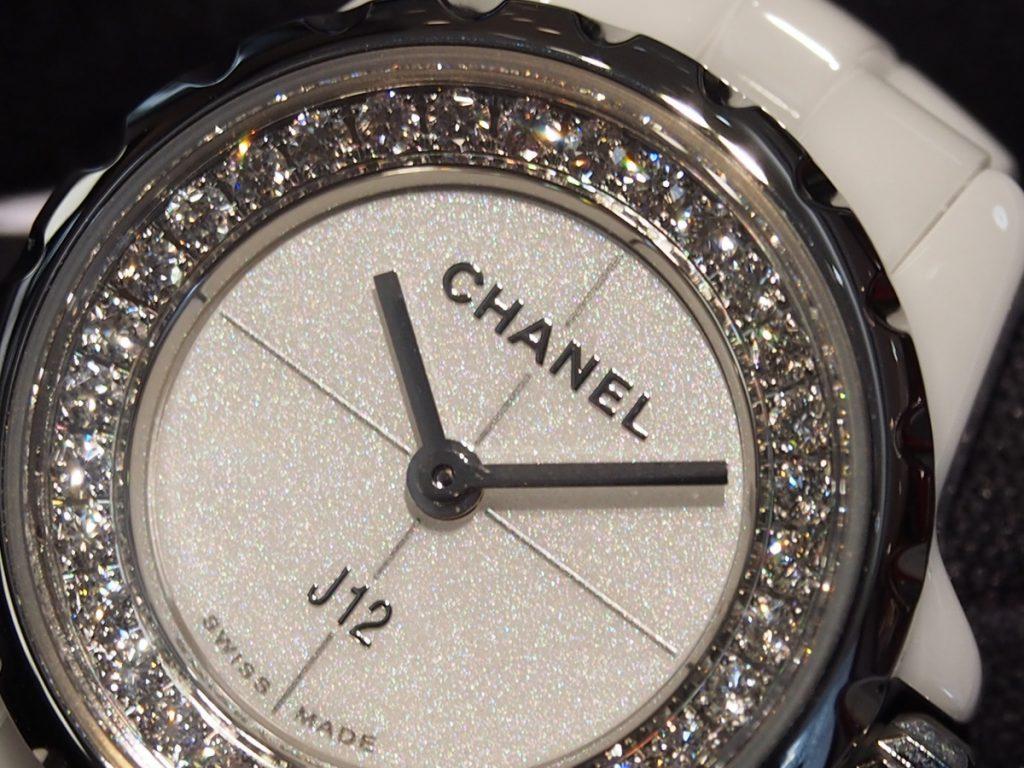 """【CHANEL(シャネル)】19mmの小さな文字盤にカワイイ♡が凝縮された""""J12・XS""""!"""
