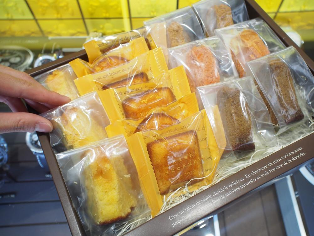 K様から菓子職人の焼き菓子頂きました♪