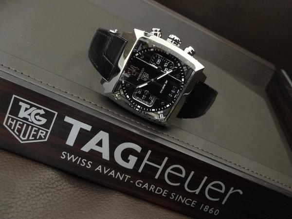 衝撃に強いかっこいい時計をお探しの方。。