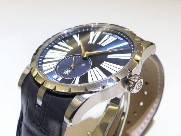 新たな年を迎えた今こそ新しい腕時計を!!エクスカリバー42オートマティック~ROGER DUBUIS~