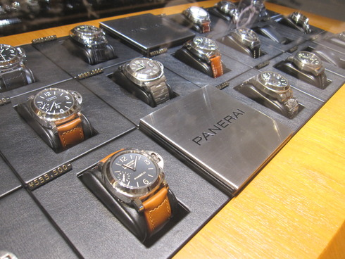 PANERAI COLLECTION 2011 開催中