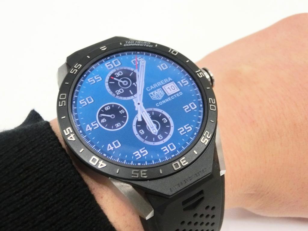 腕時計サイズのコンピューター「タグ・ホイヤー コネクテッドウォッチ」   オオミヤ和歌山本店