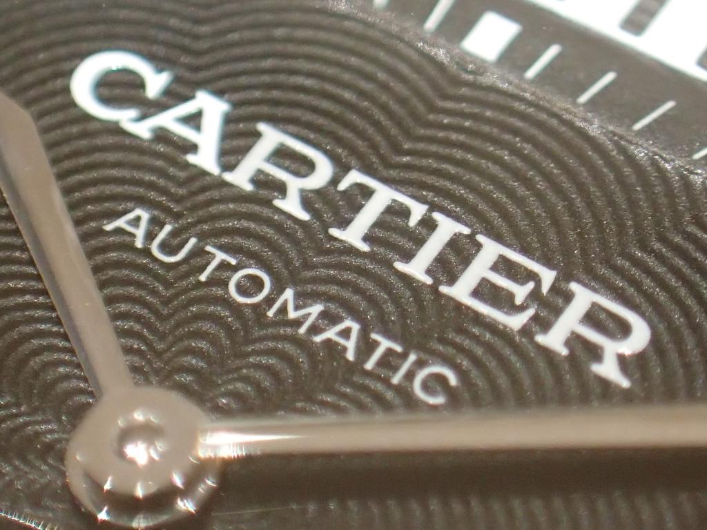 カルティエを象徴するアイコンデザイン タンクMC W5330004
