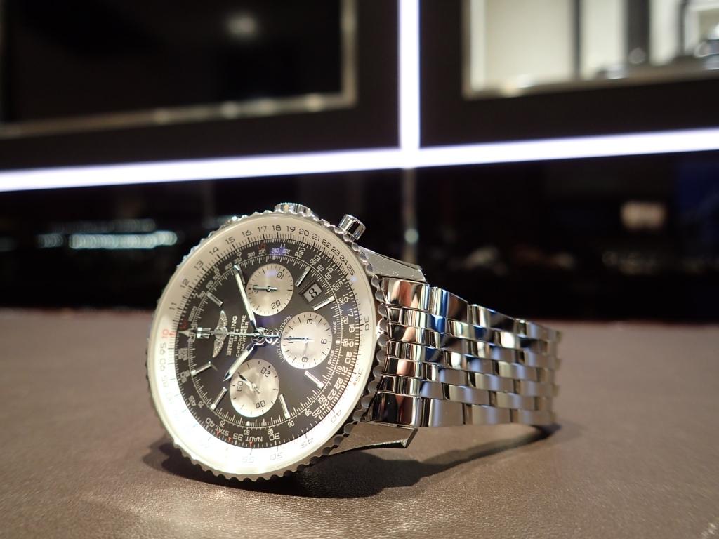 永く愛用出来る時計をお探しの方必見! ブライトリングを象徴するモデル ナビタイマー01 限定モデル