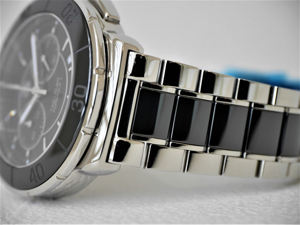 タグホイヤーフォーミュラ1クロノグラフ毎日ガンガン巻ける実用時計です♬