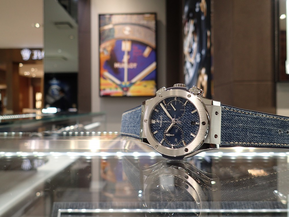 人とは違う時計をお探しの方に!ウブロ ジーンズを使用した日本限定モデル