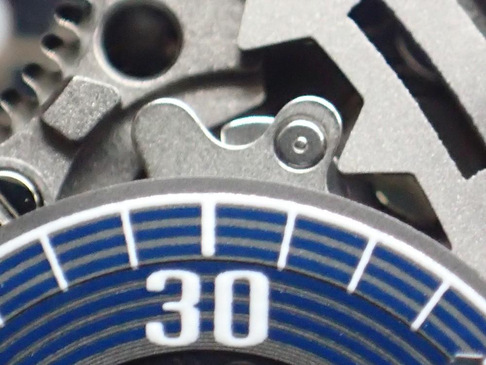 腕時計の便利機能カレンダー、操作にはご注意を