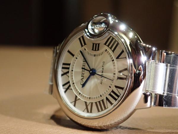 Cartier(カルティエ)世界中で人気のモデル「バロンブルー」入荷