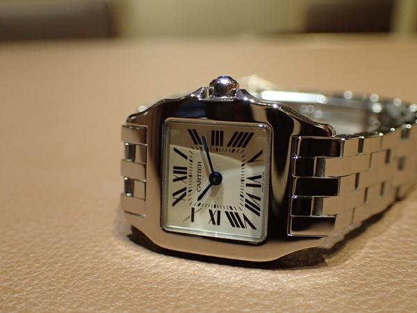 Cartier(カルティエ) 人気モデル サントス ドゥモワゼル(W25064Z5)入荷しました