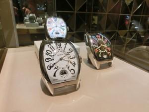 FRANCK MULLERの大きな時計