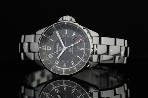J12 クロマティック GMT