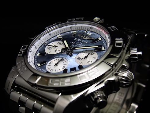CHRONOMAT 44 MOP BLACK & WHITE