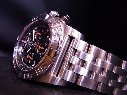 CHRONOMAT 01 LIMITED 最速入荷!