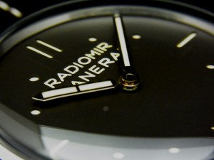 PANERAI 新作PAM00373・Platino入荷