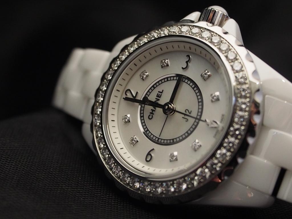 まばゆいばかりに光輝くジュエリーウォッチ 「シャネル J12 ダイヤモンド 」