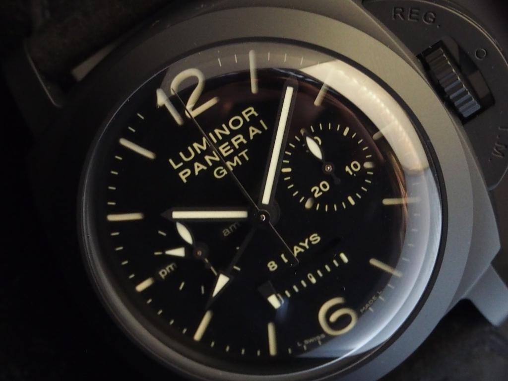 テクニカルスポーツウォッチ!パネライ「ルミノール 1950 クロノ モノプルサンテ 8デイズ GMT チェラミカ」