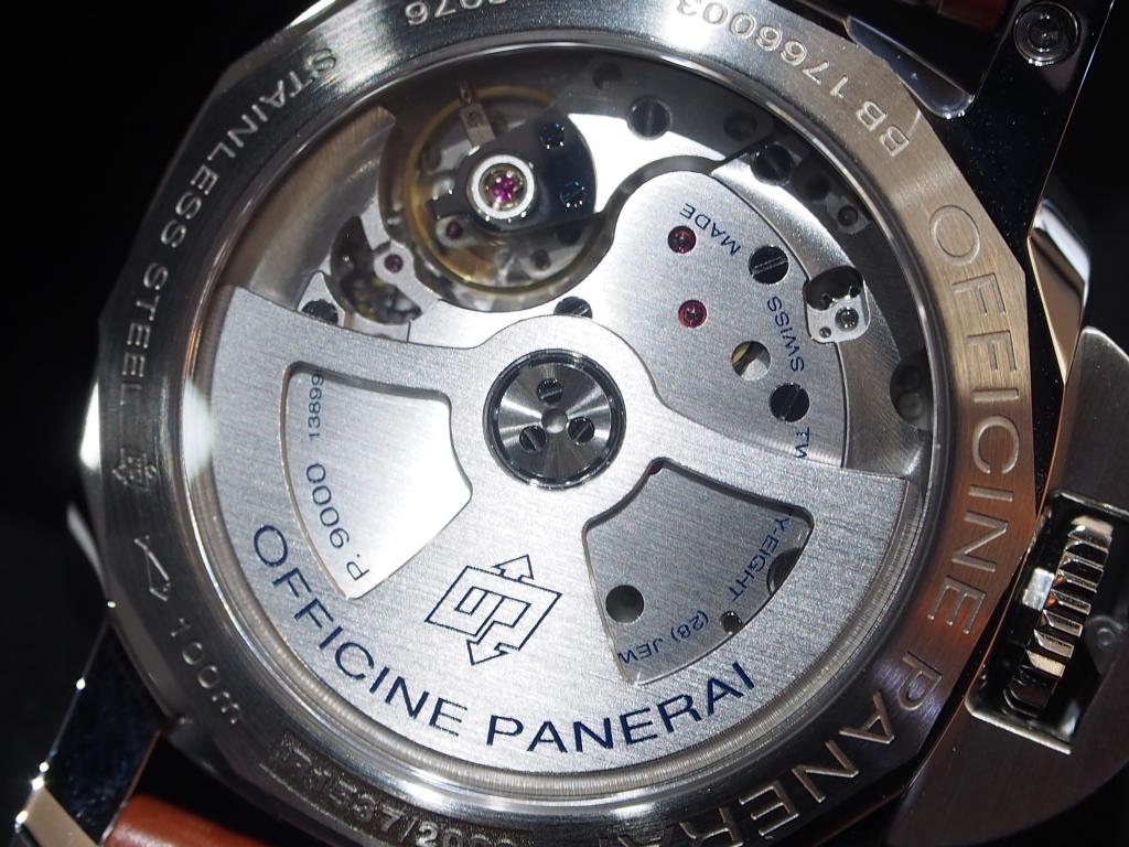 パネライには珍しい白文字盤の42mm!再入荷致しました!PAM00523-PANERAI -P4222403