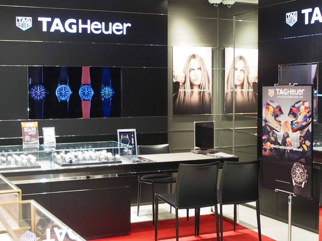 「TAG Heuer NEW COLLECTION」に伴い、2017年新作モデル続々と入荷中!!