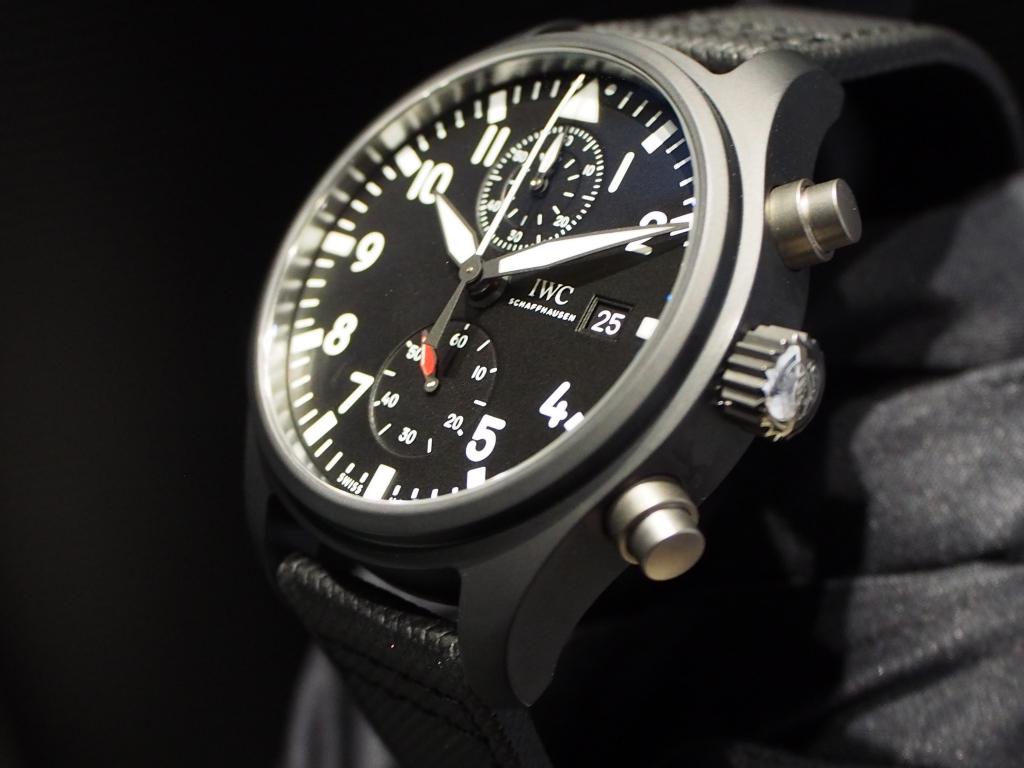 ミリタリーテイストな男らしい時計です!IWC「パイロット・ウォッチ・クロノグラフ トップガン」-IWC スタッフのつぶやき -PC160931
