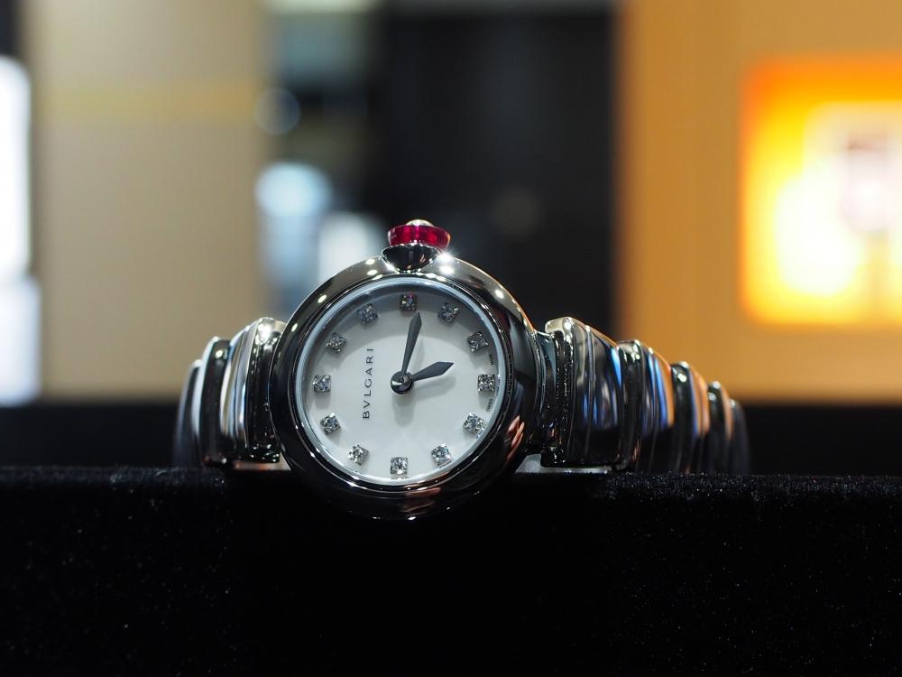 時計ひとつで普段の生活から気分が上がる!ブルガリ「ピッコラ ルチェア」女性に-BVLGARI -P3220614