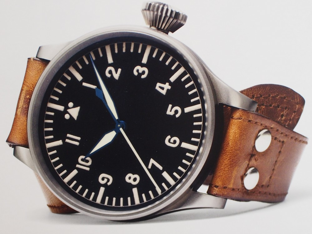 【IWCフェア開催中】時計に渋カッコよさを求めるなら、IWC「パイロット・ウォッチ・マークXVIII ヘリテージ」-スタッフのつぶやき -P4030863