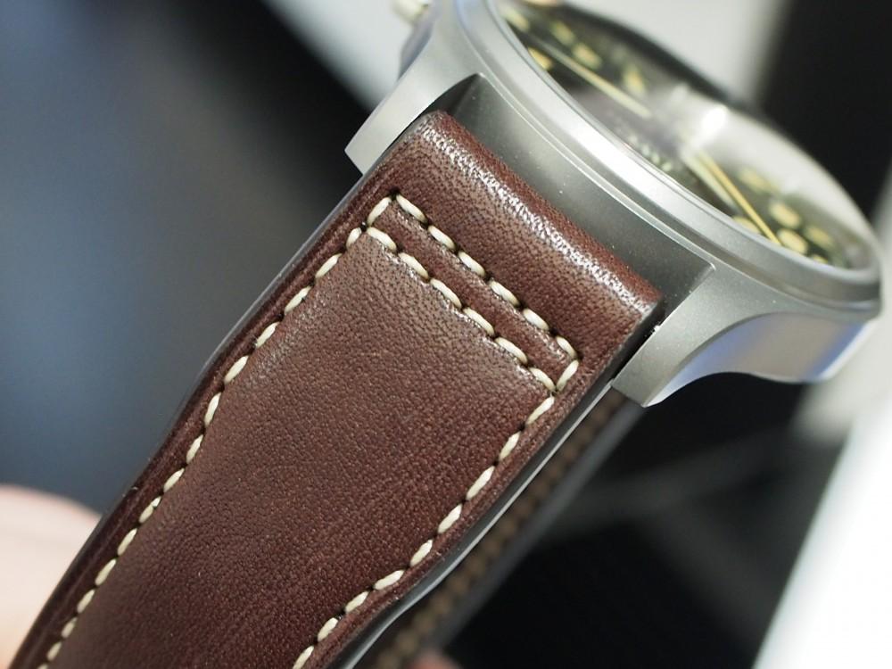 【IWCフェア開催中】時計に渋カッコよさを求めるなら、IWC「パイロット・ウォッチ・マークXVIII ヘリテージ」-スタッフのつぶやき -P4030874
