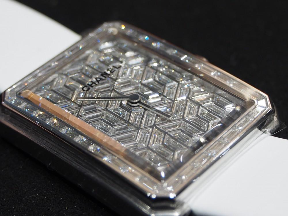 世界限定18本!!1本2000万超え!!?圧巻のゴージャス時計、ご体感下さい!!シャネル「ボーイフレンド アーティー ダイヤモンド 」H4893-CHANEL フェア・イベント情報 -P8101723