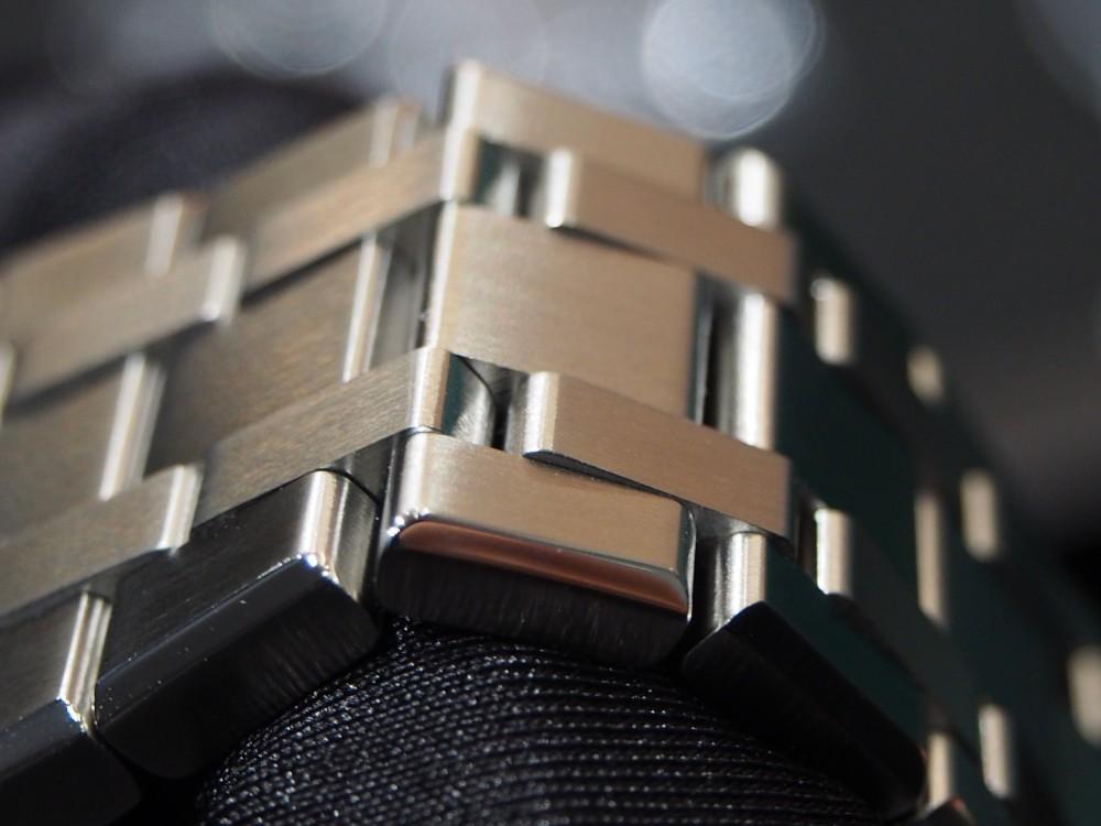 圧倒的にダレないブレス!!コスパの高さでは負けません!!モーリス・ラクロア「アイコン オートマティック」-MAURICE LACROIX スタッフのつぶやき -PA070027