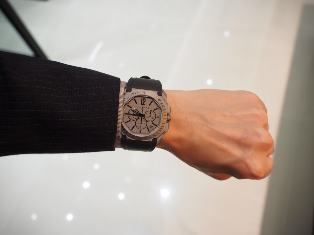 時計好きにおすすめ、高振動クロノグラフ 「ブルガリ・オクト・ヴェロチッシモ」-BVLGARI -PA130190