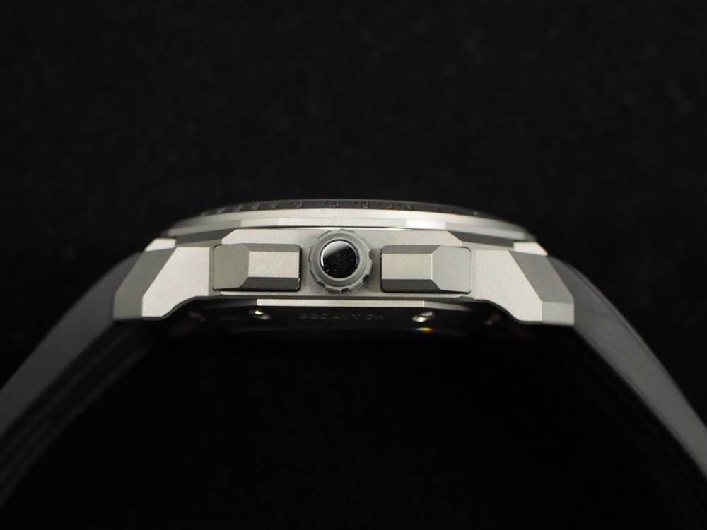 時計好きにおすすめ、高振動クロノグラフ 「ブルガリ・オクト・ヴェロチッシモ」-BVLGARI -PA130194