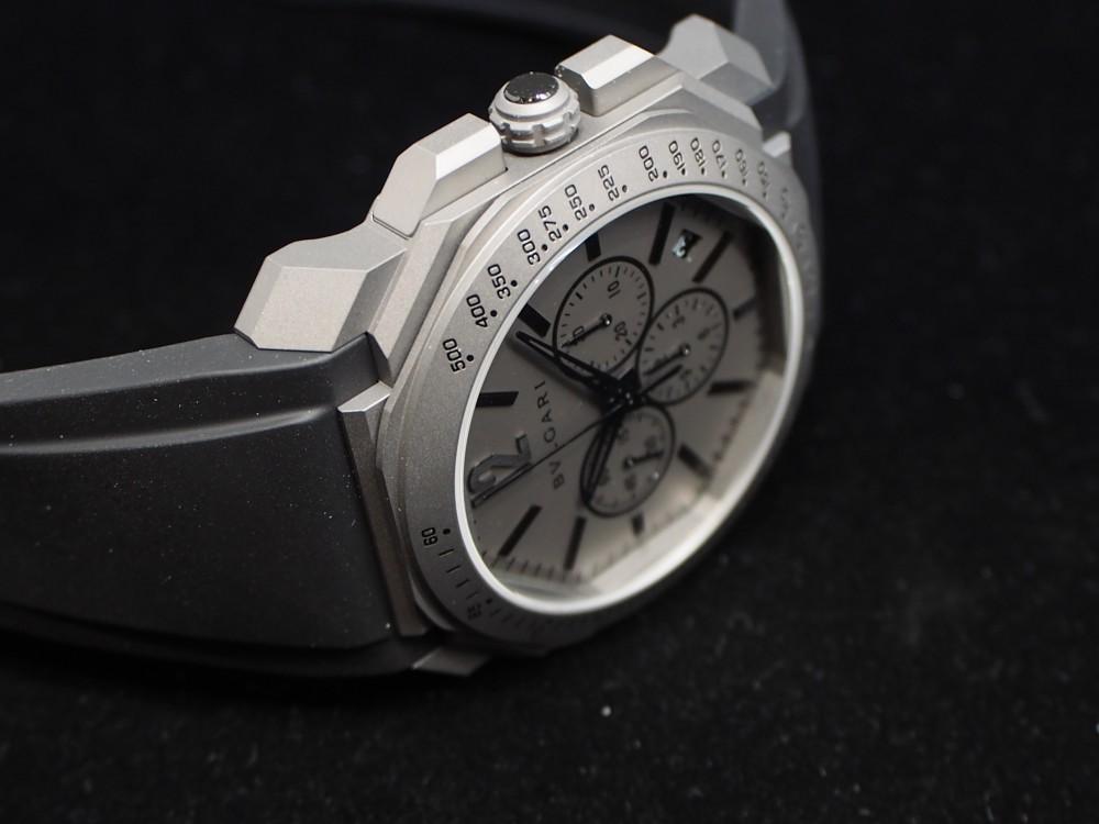 時計好きにおすすめ、高振動クロノグラフ 「ブルガリ・オクト・ヴェロチッシモ」-BVLGARI -PA130195
