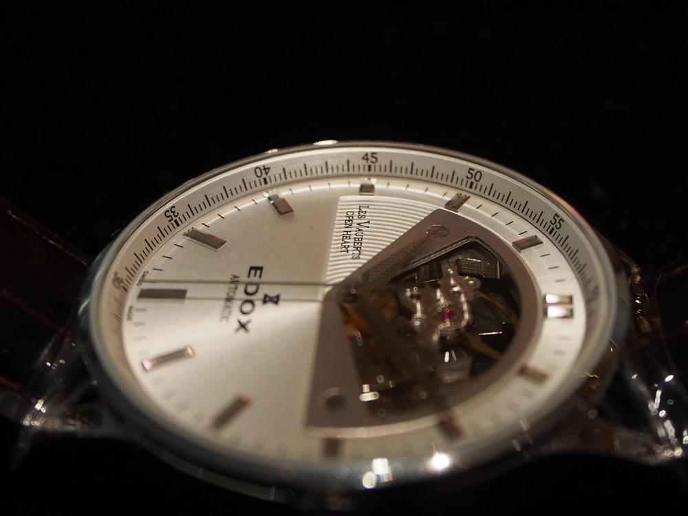 ダイバーズだけじゃない!EDOXのクラシックな時計「レ・ヴォベール オープン ハート オートマチック」-EDOX -PA230025