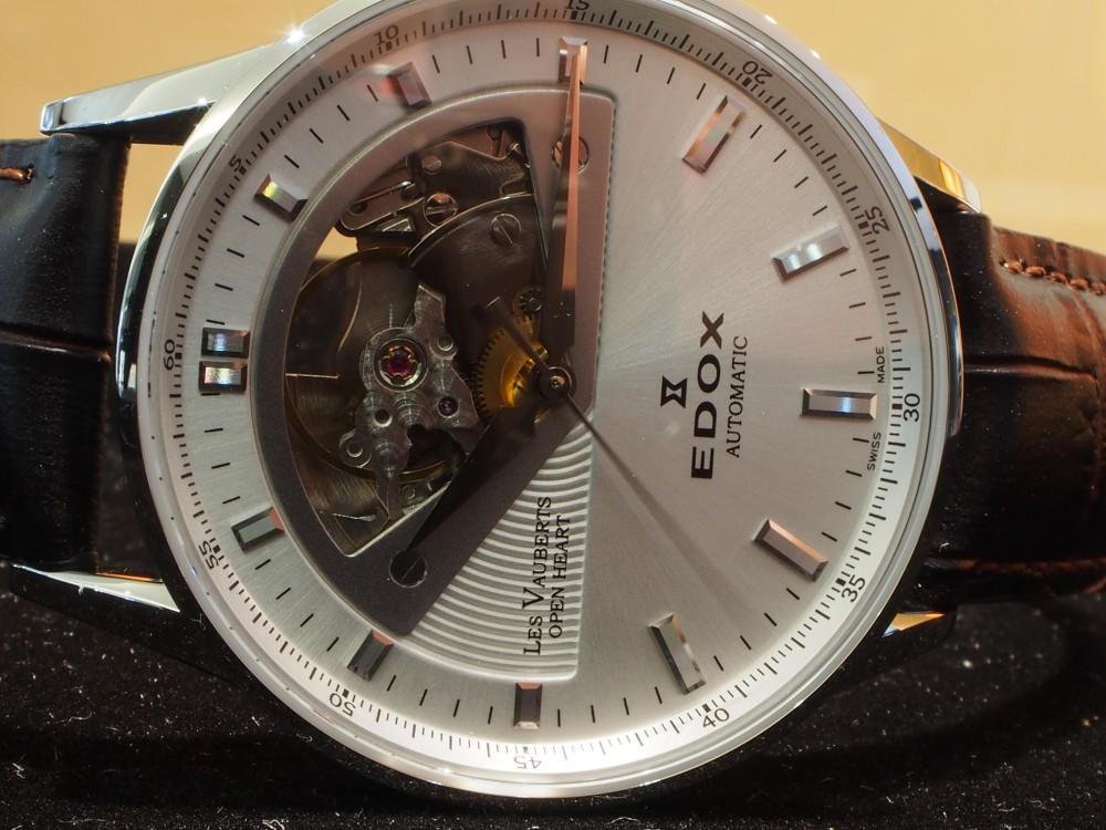 ダイバーズだけじゃない!EDOXのクラシックな時計「レ・ヴォベール オープン ハート オートマチック」-EDOX -PA230030