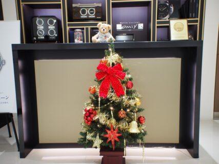 店内は早くもクリスマス仕様に…。