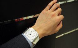 世界最薄自動巻き腕時計のステンレスモデル「オクト フィニッシモ」