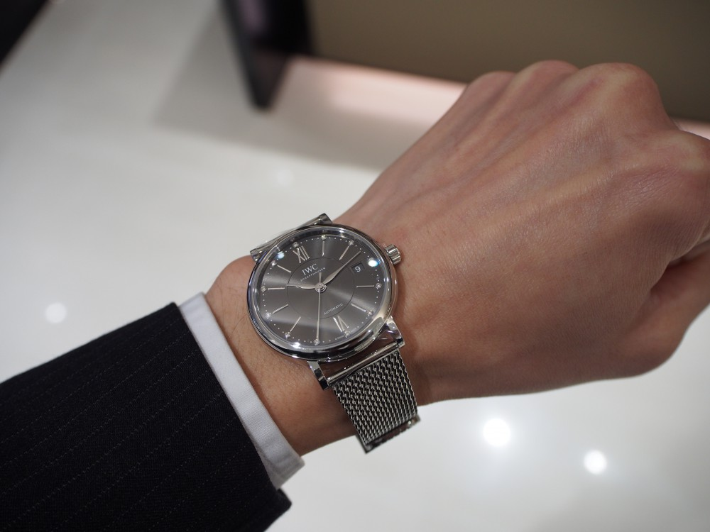 「IWC」パートナーとシェアできるユニセックスな腕時計-IWC -PC290247