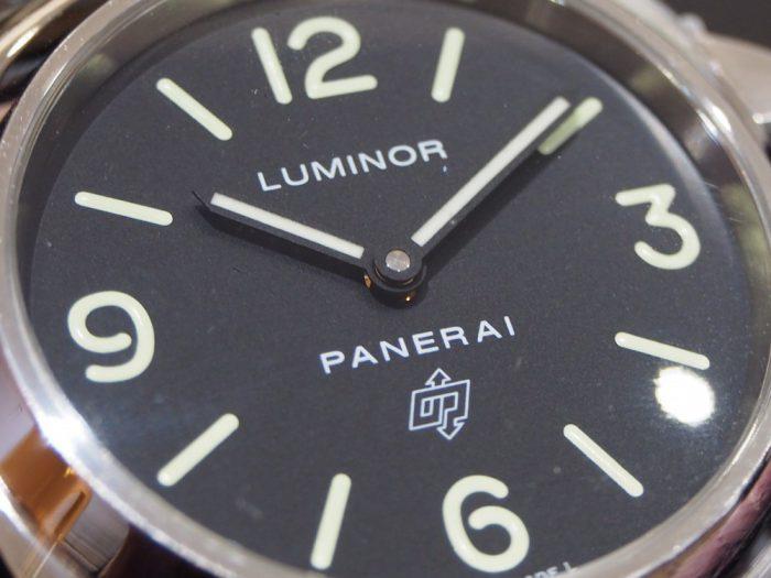 パネライのロゴが入ったシンプルな2針モデル / ルミノール ベース ロゴ アッチャイオ-PANERAI -P1270518-700x525