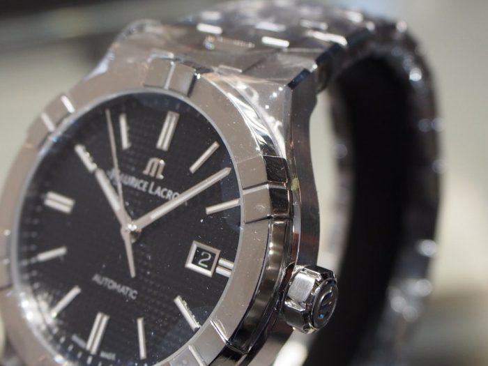 クォーツ式の時計と機械式の時計 「モーリス・ラクロア アイコン」-MAURICE LACROIX フェア・イベント情報 -P2030595-700x525