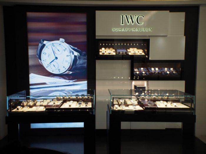 IWC ポートフィノ クロノグラフは美しい曲線と上品さを極める大人時計。-IWC -P2040625-700x525