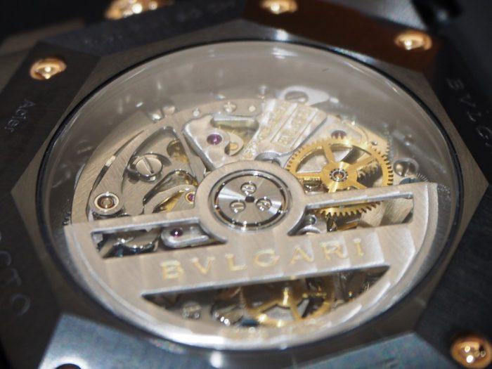 男らしさのある時計、入荷しました。「ブルガリ・オクト ヴェロチッシモ ウルトラネロ」-BVLGARI -P2090028-700x525