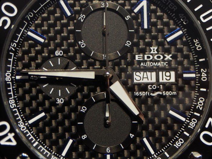 チラ見えブルーがくすぐられます!!ハイクオリティーのEDOX「クロノオフショア1 クロノグラフ オートマティック」-EDOX -P2220156-700x525