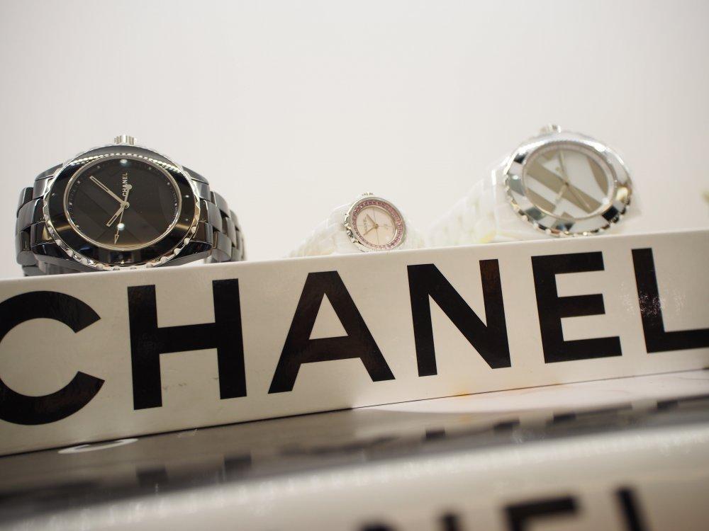 シャネルの時計を買うならJ12の限定モデルを狙うべき!!