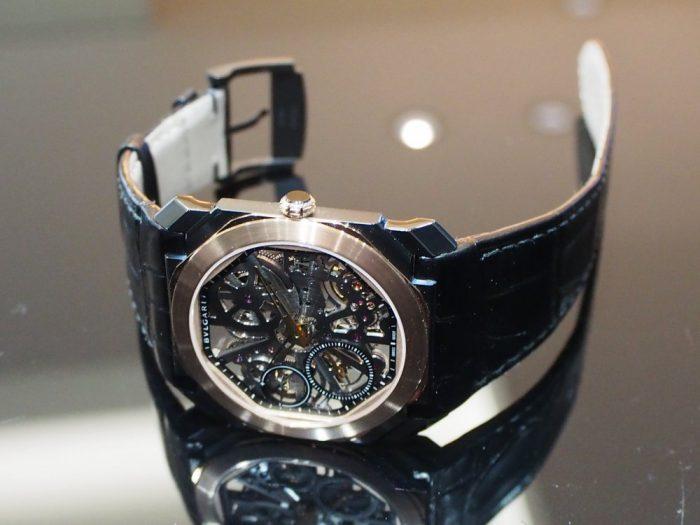 芸術的で豪華な時計と優雅な時間を「ブルガリ オクト フィニッシモ スケルトン」-BVLGARI -P2280253-700x525