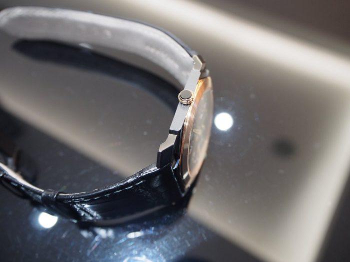 芸術的で豪華な時計と優雅な時間を「ブルガリ オクト フィニッシモ スケルトン」-BVLGARI -P2280255-700x525